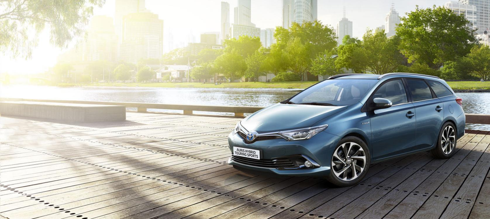 auris touring sports models features charles hurst toyota belfast. Black Bedroom Furniture Sets. Home Design Ideas